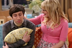 TheBigBangTheory-Episode702-TheDeceptionVerification-PromotionalPhotos3_595_slogo_zps6b4899c0