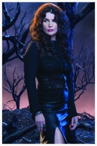 WitchesofEastEnd-PromotionalCastPosters2_595_slogo_zps9027e736