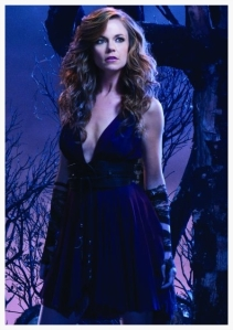 WitchesofEastEnd-PromotionalCastPosters4_595_slogo_zps404f768b