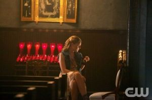 the-originals-season-1-episode-4-girl-in-new-orleans-cami-church-alone